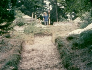 A trench through the ramparts at Ravensburgh in 1964. Photo courtesy of North Hertfordshire Archaeological Society